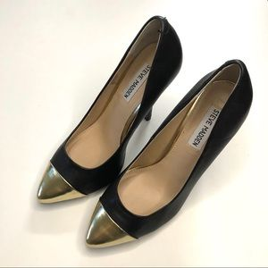 Steve Madden Ilussion Black Pumps with Gold Toe 7